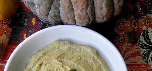 Raw tekvicový hummus