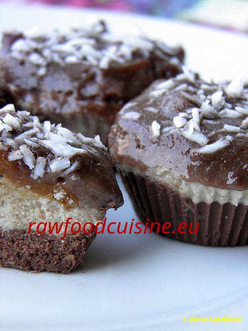 Raw vegan koláče azákusky
