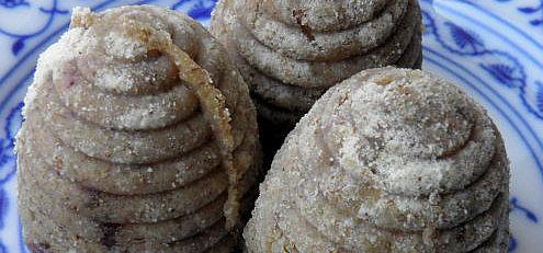 Raw orechové úliky plnené ovocným krémom