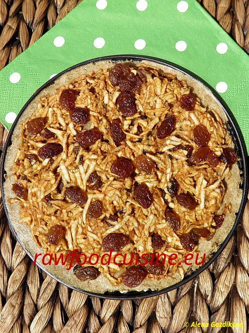 Raw vegan jablkový koláč