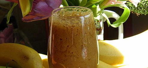 Ovocné smoothie so šípkovým práškom
