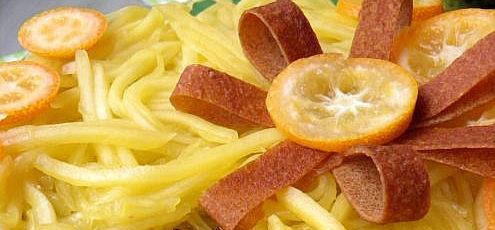 Raw vegan orieškovo-mangová torta