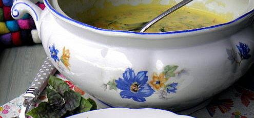 Raw vegan tekvicová polievka sovseným mliekom