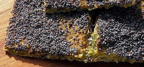 Raw vegan slnečnicovo-zeleninový chlieb